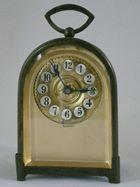 ようこそアンティーク時計の世界へ…
